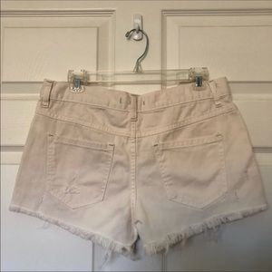Free People Shorts - 🚫Free People White High Waisted Cut Off Shorts